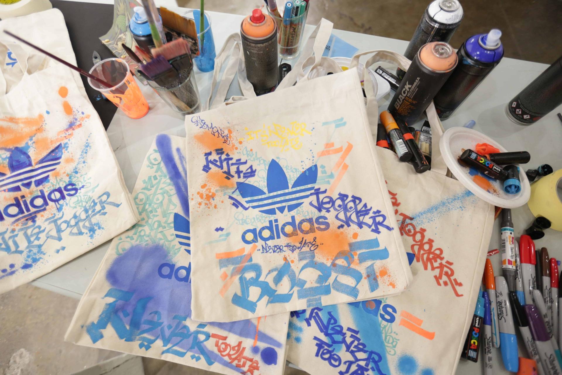 Collab Adidas Mondé